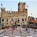 Partita a Scacchi Viventi / Living Chess Game